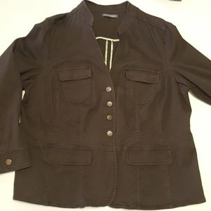 Blazer stretch missing a button see pic